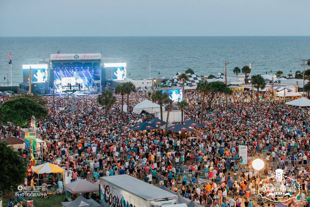 Big & Rich Shoot Video at CCMF 2015