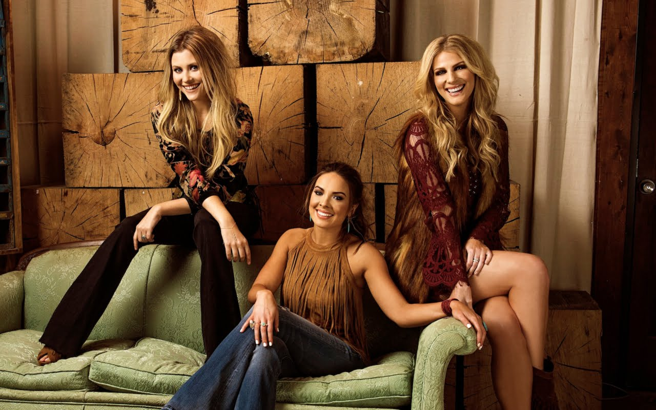 June Calendar Nashville : Runaway june carolina country music fest